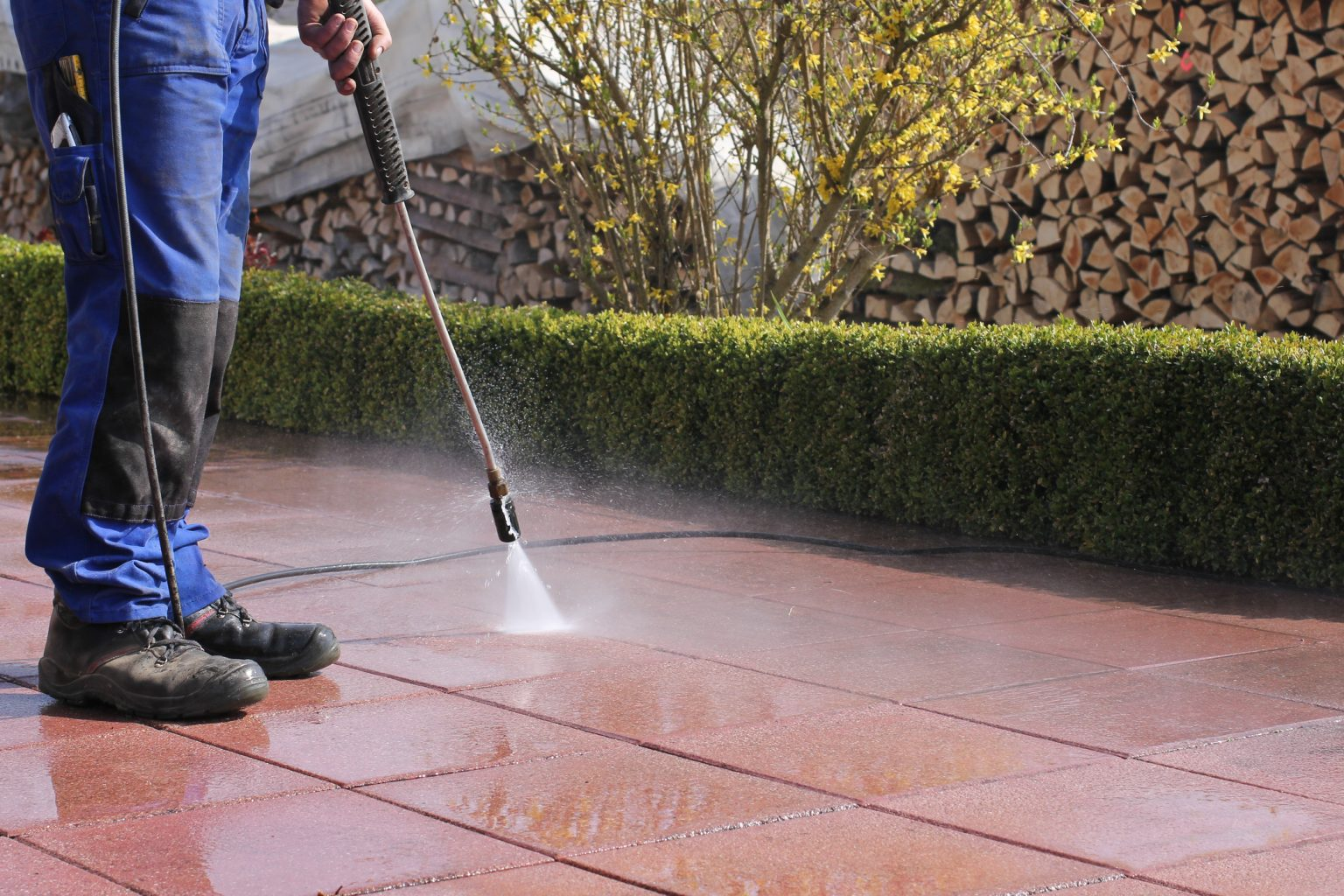 Power Cleaning Services : Commercial power washing eos outdoor services